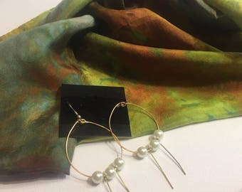 Tahiti Gift Set Silk Infinity Circle Scarf  and Earrings