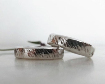 His and hers weddings bands set. Wedding rings set. Unusual wedding bands. Silver wedding bands. Oxidized rings set. Engagement rings set
