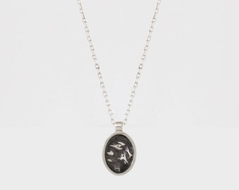 Mini Silver Oval Topography Necklace – Portrait
