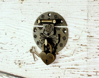 Butterfly Latch, Antique Brass Latch, Padlock, Treasure Chest Lock, Lock And Key, Vintage Look, Brass Lock And Key, Shabby Chic, Fixer Upper