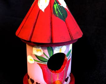 NEW - Hearts & Flowers Mini Birdhouse