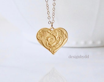 Heart Necklace, Gold Heart Necklace, Wedding Jewelry, Everyday Necklace, Love Necklace, Gift for her, I love you, Gift for Sister