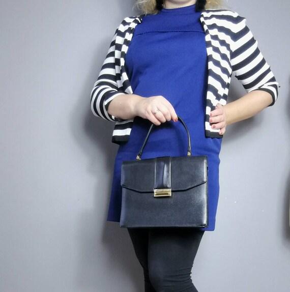 70s minimalist purse / vintage black leather top handle bag / 70s handbags / rectangle purse / mod leather bag / hand held purse / 70s mod