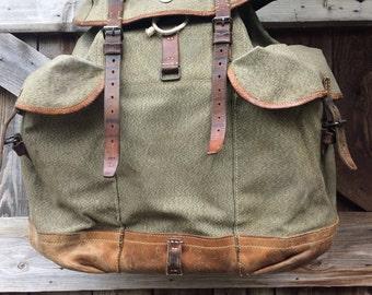 Vintage Swiss Army Mountaineering Rucksack
