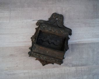 Wilton Match Holder - Cast Iron