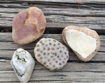 Quartz, Sea Rocks, Sea Stones, Stone Decor, Vase Filler, Fish Tank Decor, Sea Rock Minerals, Craft Supplies, Surf Tumbled, Fossil Decor