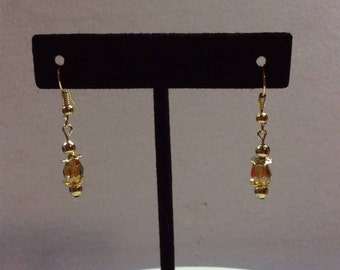 Handmade Earrings / Amber with gold beads
