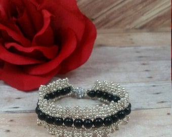 Metallic Silver Seed Bead with Round Black Bead Bracelet, Weaving bracelet, Czech Glass Seed Beads, with Rhinestone Plated Magnetic Clasp