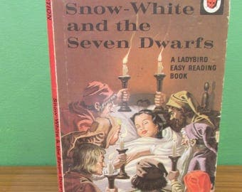 Vintage Children's Ladybird Book - Snow White and the Seven Dwarfs - Well-Loved Tales 606D