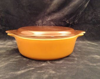 Vintage Pyrex Old Orchard 1pt Casserole dish with lid
