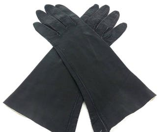 Vintage Black Leather Gloves - Size 6.5 // Italy goth gothic driving gloves 70s Italian