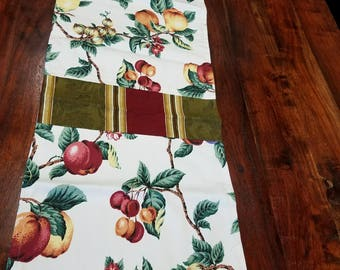 Table Runner, linens, decorative, colorful