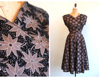 Vintage 1950's Black Poinsettia Party Dress  | Size Medium