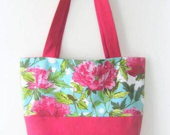 Flowery carrier bag