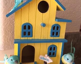 BEACH COTTAGE BIRDHOUSE - Turquoise/Yellow