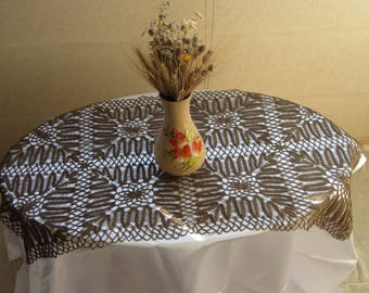 Brown Tablecloth Lace, Doilies Vintage Doily Runner Crocheted Lace, Rare Tablecloth  Brown, Brown
