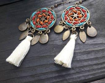 Boucles d'oreilles style navajo, attrape rêves, plume