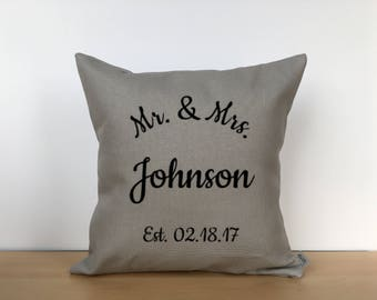 Mr.& Mrs. pillow, wedding pillow, custom wedding pillow, custom pillow, throw pillow, wedding gift, housewarming gift, mr and mrs