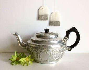 Vintage English Teapot, Antique Sona Ware Ornate Aluminum Tea Pot, Straford On Avon England Tea Kettle, Etched Aluminum Teapot, Cottage Chic
