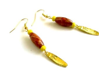Golden leaf earrings, wood and yellow beads