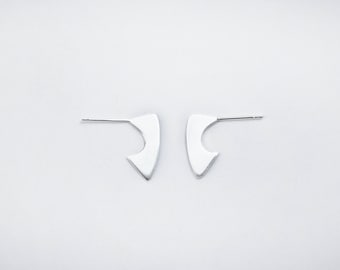GHINA - Sterling silver small post earrings
