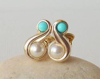 Elegant Gold Tone Clip On Earrings Turquoise and Faux Pearl Vintage Gold Swirl Turquoise Earrings, Avon Jewelry, Retro Minimalist Jewelry