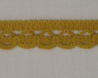 Small openwork lace collar. mustard, cut from 5 meters, 18 mm wide