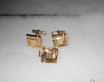 Vintage Gold Tone Cuff Links and Tie Clasp Matching Set