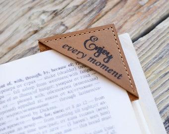 Leather bookmarks, Custom engraved bookmark, Personalized bookmark, Bookmark, Corner bookmark, Gift ideas