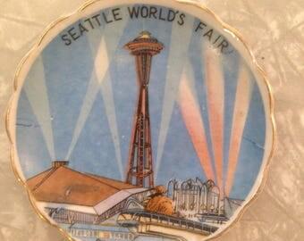 Cute Little Seattle World's Fair Souvenir Dish
