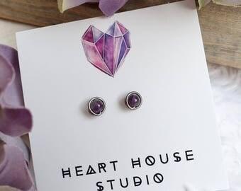 Small earrings, stud earrings, amethyst earrings, amethyst jewelry, February birthstone earrings, birthstone jewelry, niobium earrings, stud