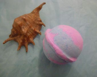 Cosmic Bubble Gum Bath Bomb. Pink and Blue. Bubble Gum