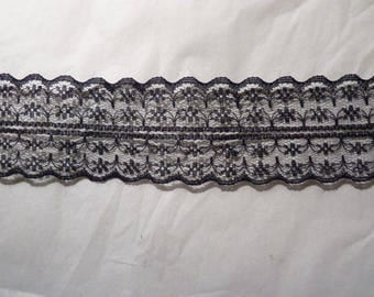 Very lightweight (7) Black Lace Ribbon