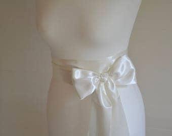 Ivory sash, bridal sash, Wedding sash, ivory sash, flower girl sash, ivory sash, grey sash, wedding belt, bridal belt, satin sash, satin bow