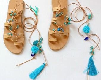Boho sandals, handmade sandals, women's gladiators, Sandales Boheme , Gladiateurs Au Pom Pons , nu-pieds Sandales Grecques, Sandales  Cuir