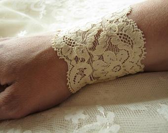 Lace cuff Ivory bracelet Lace Wrist Cuff Friendship Gift for her Boho lace bracelet Lace Wristbands Bridal bracelet Bridesmaid bracelet Xmas