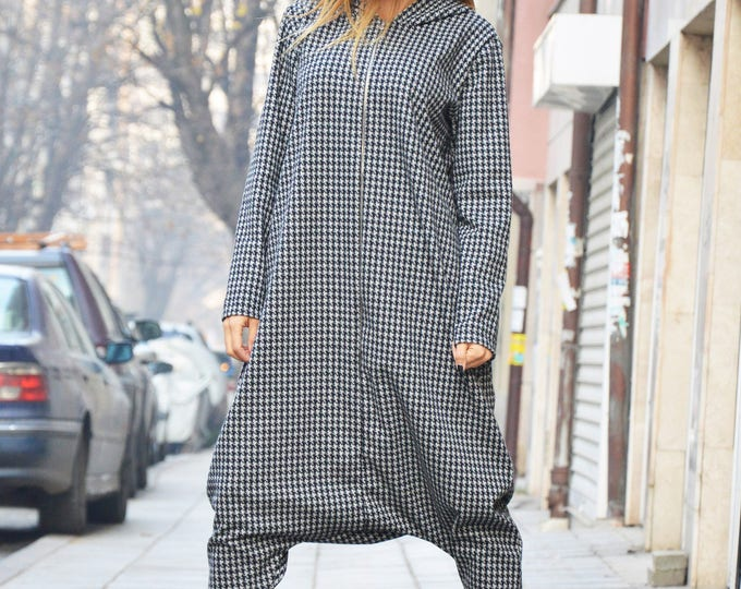 Extravagant Loose Jumpsuit, Long Sleeves Hooded Overalls, Zipper Shepherd's Plaid Jumpsuit, Low Crotch Pants by SSDfashion
