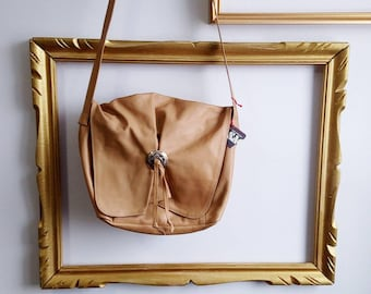 Leather tan purse with western detail