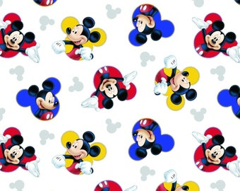 Disney Mickey Traditional 63316 The One and Only Premium 100% Cotton fabric (A364)