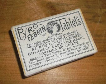 Antique cardboard PYRO FEBRIN TABLETS Pill Box • empty