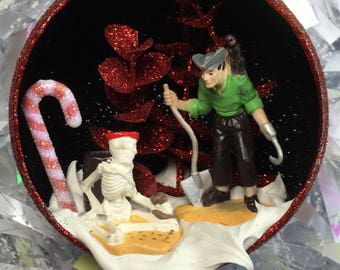 Pirate with Hook and Skeleton Terrarium Ornament