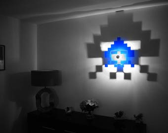 Apply SPACE space INVADER Octopus with shadow effect