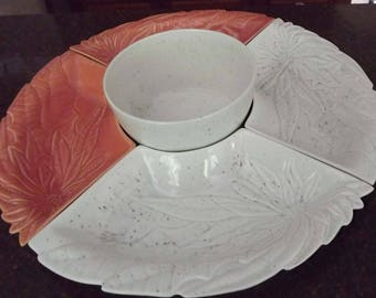 vintage hoenig of california usa pottery lazy susan poinsetta flowers peach off white serving bowls