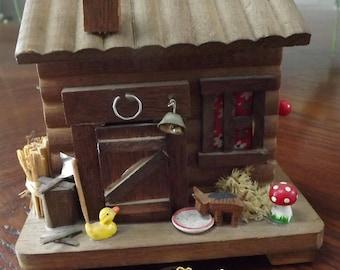 Vintage 1979's Cabin Music Box Bank Enesco w. Keys -  Plays Home on the Range Very Nice!