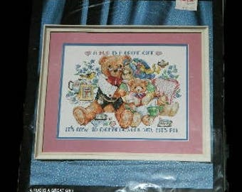 NEW Bucilla A Hug Is A Great Gift Stamped Cross Stitch Kit 40905 Linda Gillum