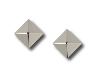 "AF Collection ""Pyramid"" Stud Earrings, White Gold"