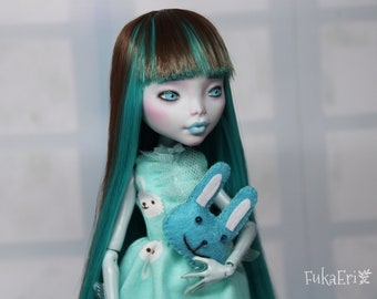 Monster High Custom Repaint Art doll OOAK Lagoona Blue