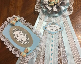 Elegant Mommy ~ Daddy TWO Be Pins/ Twins /Baby Shower/ Baby Blue and Silver Corsage.