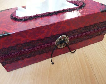 Box with handkerchiefs baroque Burgundy with Black Lace