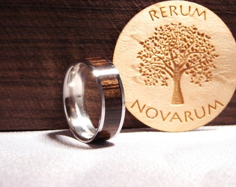 Chacate Preto and Titanium ring, Wood and titanium ring, Wood inlay ring, Exotic wood ring,African wood ring, Brown wood ring, wedding band